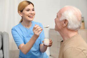Como ocuparse de personas mayores en situación de dependencia