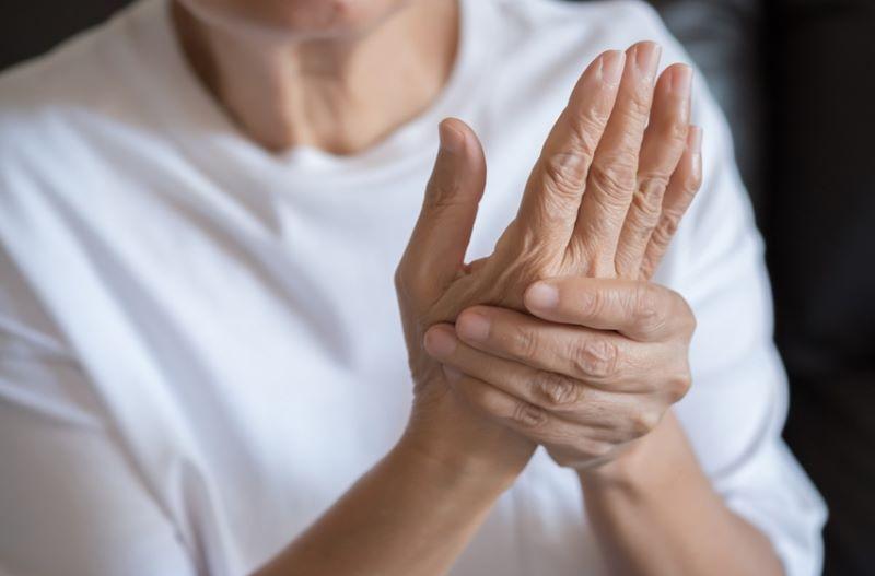 artritis reumatoide mano